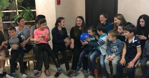 Дети-инвалиды «РСРЦ для детей с ограниченными возможностями» побывали в лагере «Гранд Виктория»