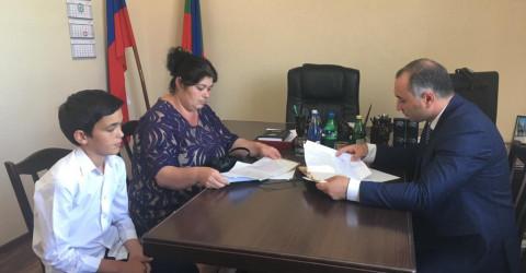 Министр провел выездной прием граждан