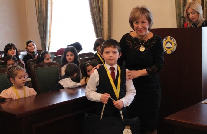 Церемония награждения победителей республиканского конкурса детского рисунка