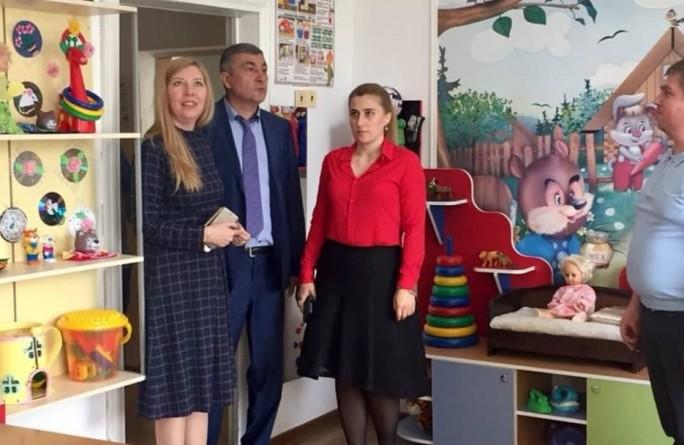 С рабочим визитом посетители детские учреждения социального обслуживания