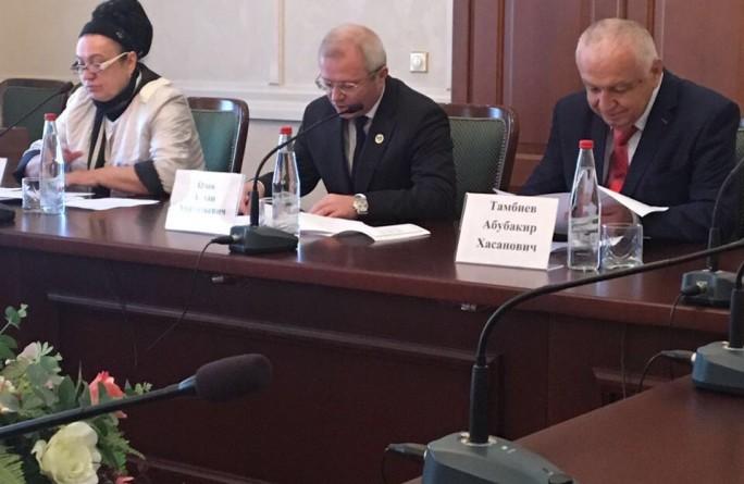 Заседание республиканской трехсторонней комиссии по регулированию социально-трудовых отношений в рамках всемирного дня действий «За достойный труд!»