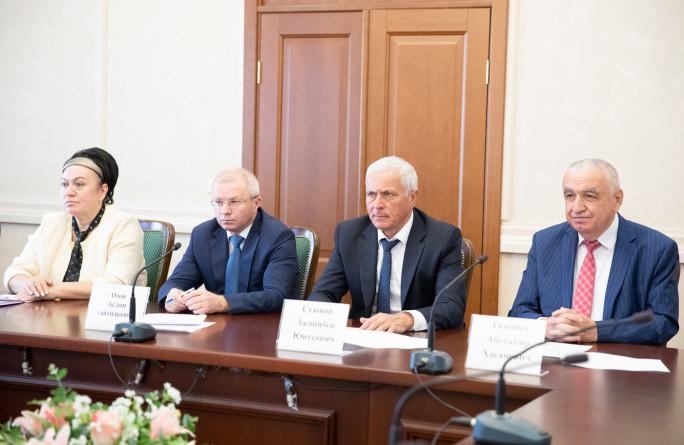 Состоялось заседание республиканской трехсторонней комиссии