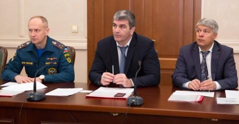 В Доме Правительства КЧР обсудили вопросы безопасности проведения новогодних и рождественских праздников на территории Карачаево-Черкесии