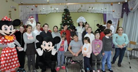 """Волонтеры г. Кисловодска Поздравили детей дома-интернат """"Забота"""" с наступающим Новым годом"""