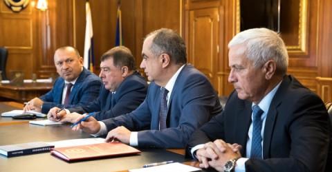 Вопросы текущего социально-экономического развития Карачаево-Черкесии обсудил Глава региона с членами Правительства